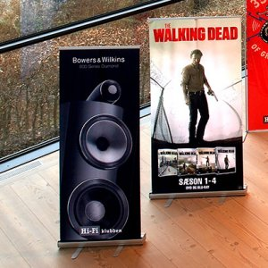 Roll-Up displays langs viduer